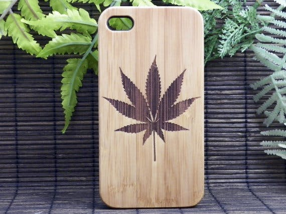Marijuanaleafphonecase How do you explain your brain on drugs to someone whos never tried them? Visually of course.