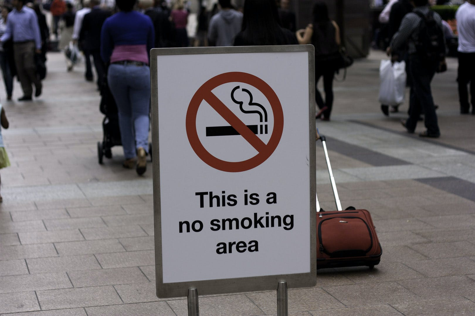 No smoking sign @ Canary Wharf How do you explain your brain on drugs to someone whos never tried them? Visually of course.