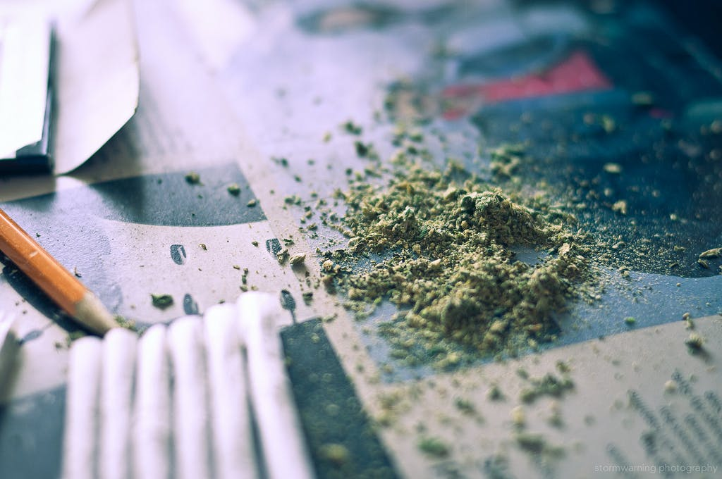 rolls 10 Stoner Problems—the Struggle is Real