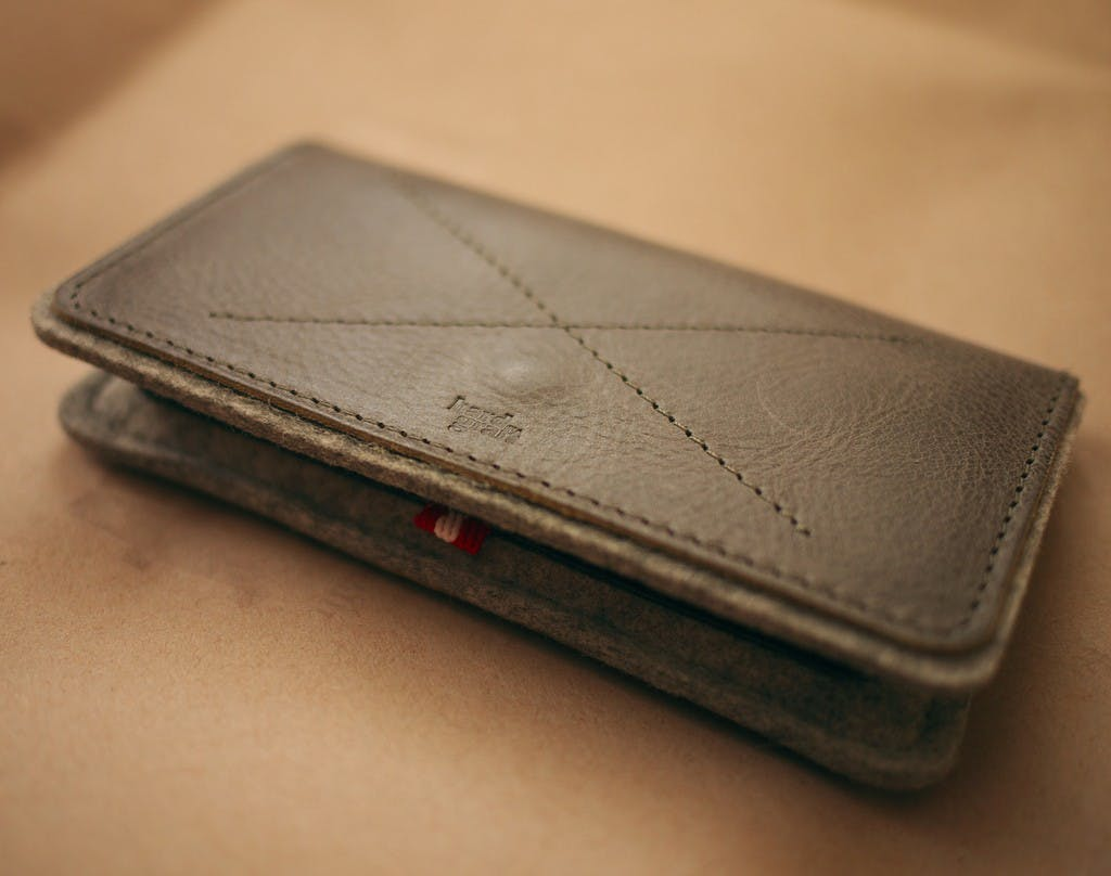 wallet 1024x808 How do you explain your brain on drugs to someone whos never tried them? Visually of course.