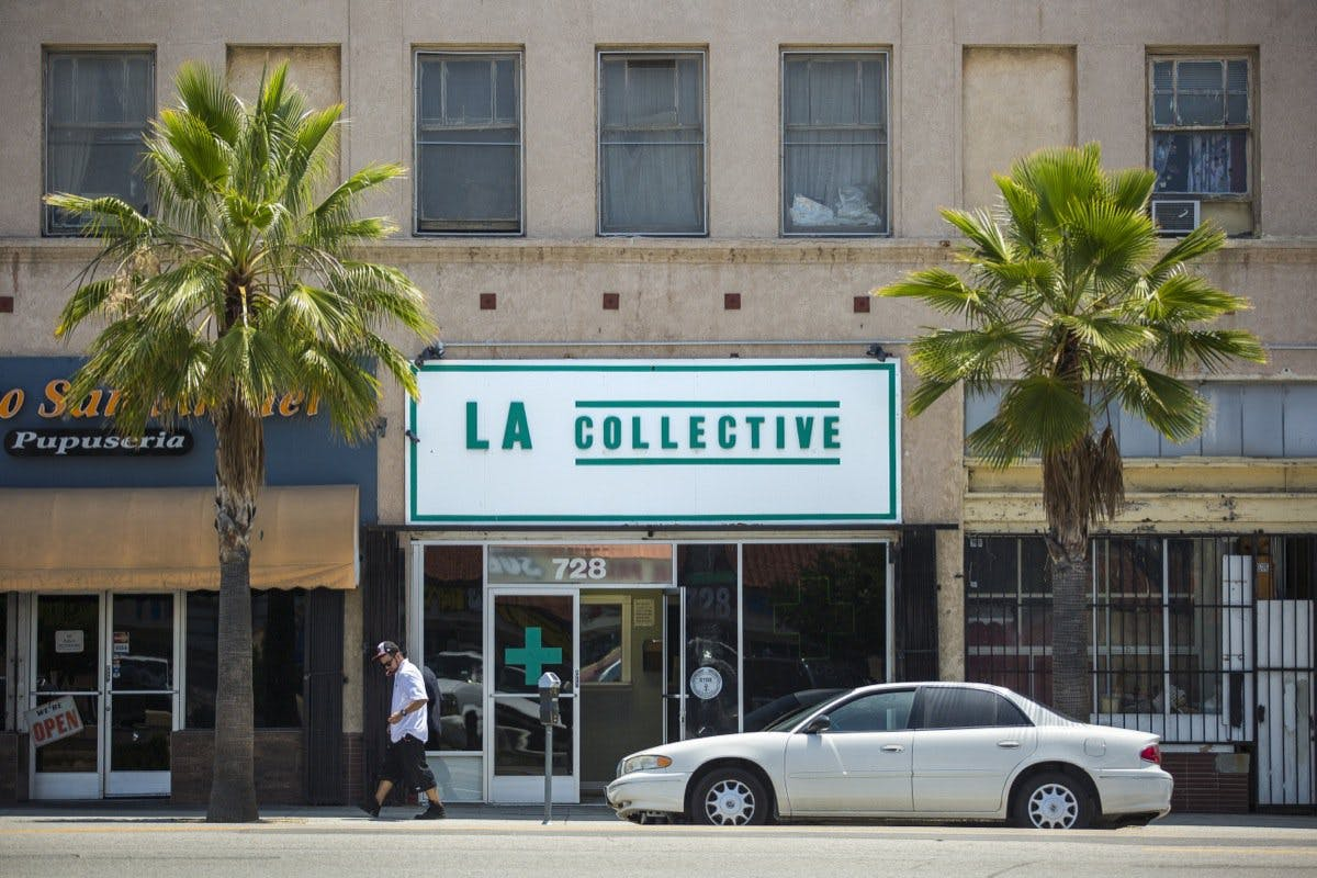 LA Collective Green Light District for Weed