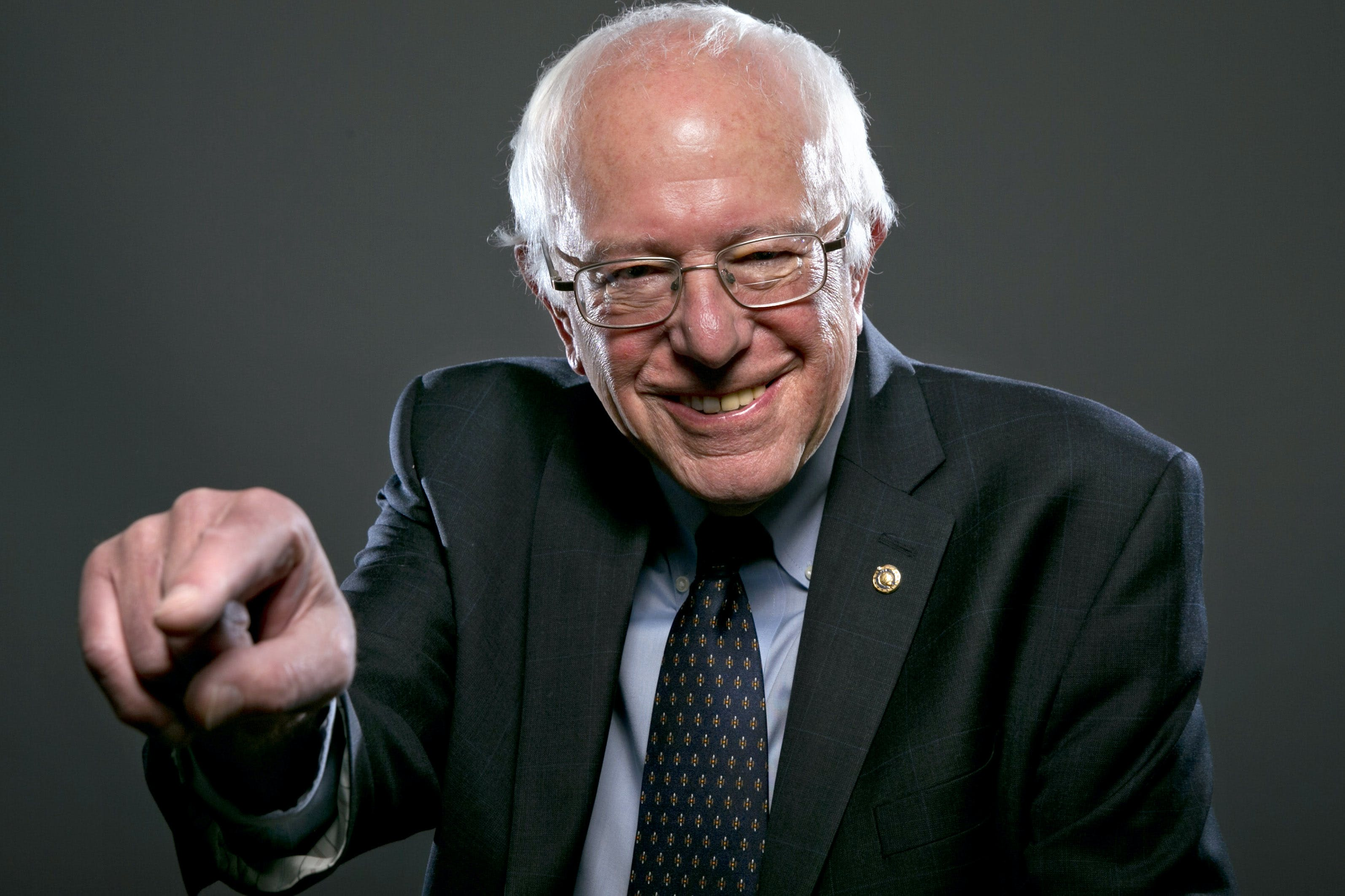 dem 2016 sanders Which Subscription Cannabis Service is Right for You? Potbox vs. Marvina