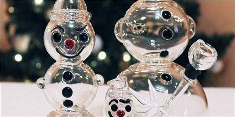 glass xmas snowman 10 Tasty Adult Treats That Will Remind You Of Your Childhood