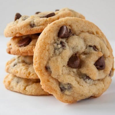 baker 4 chocolate chip cookie 400x400 10 Tasty Adult Treats That Will Remind You Of Your Childhood