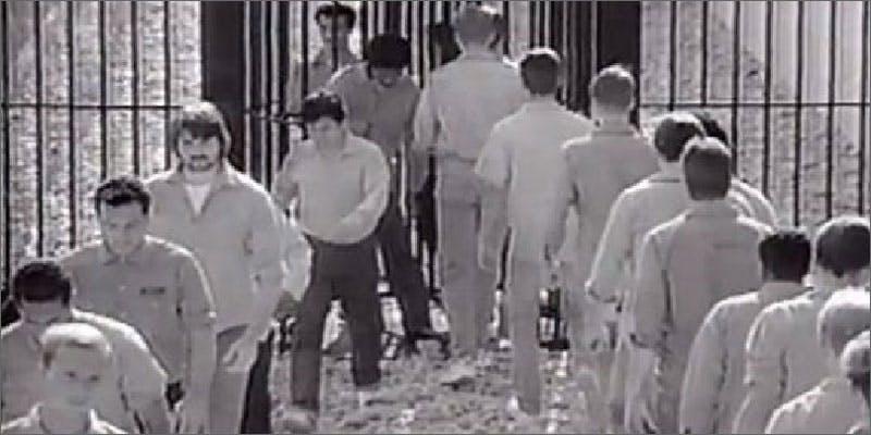 3 prisoners Chevy Chase and Bill Murrays Marijuana Mission