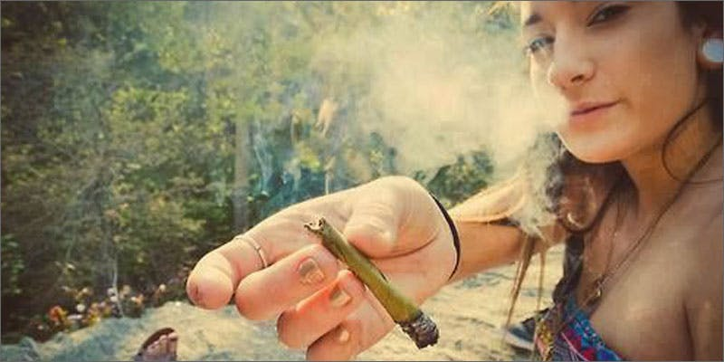 3 reasons girls smoke are best pass Snoop Roasts Donald Trump