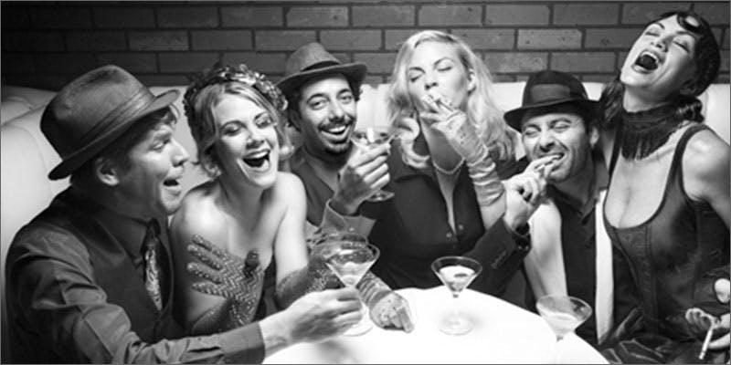 4 reasons girls smoke are best club Snoop Roasts Donald Trump