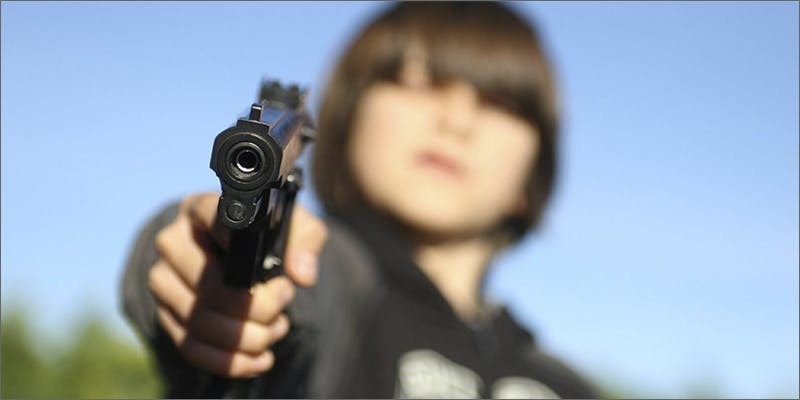 kid gun Snoop Roasts Donald Trump