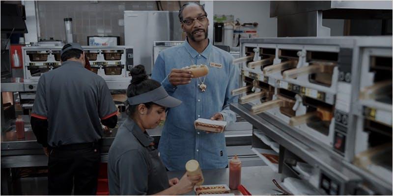 snoopcommercial ci 1 Snoop Roasts Donald Trump