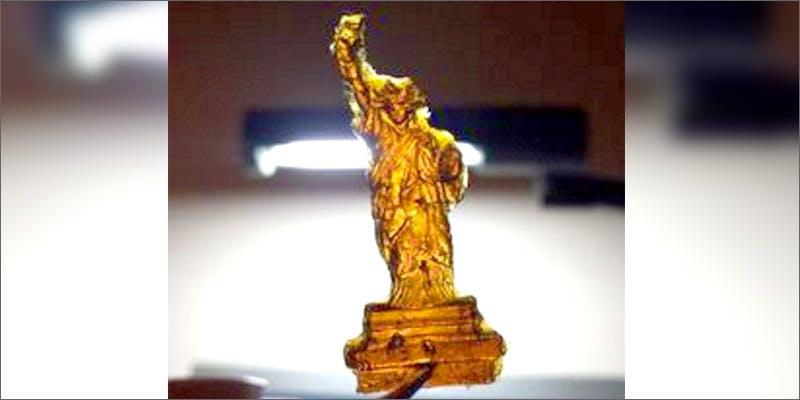 statue Chevy Chase and Bill Murrays Marijuana Mission
