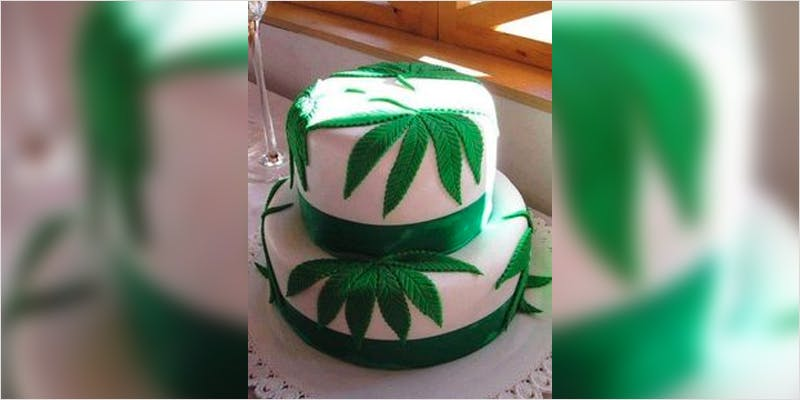 10 Cannabis Themed Cakes 1 Heres 10 Epic Cannabis Moments Throughout History