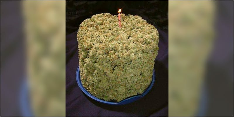 10 Cannabis Themed Cakes 10 Heres 10 Epic Cannabis Moments Throughout History