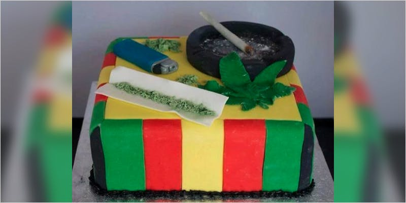 10 Cannabis Themed Cakes 3 Heres 10 Epic Cannabis Moments Throughout History