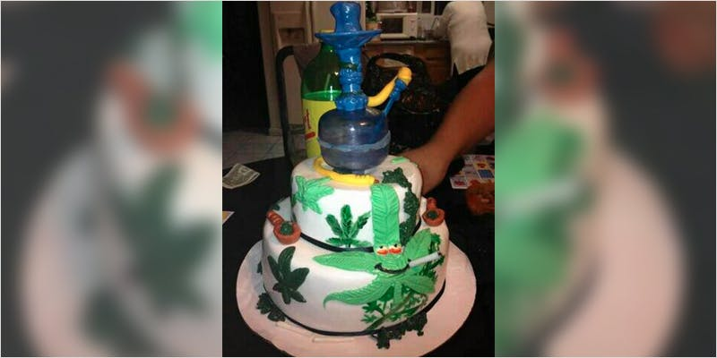10 Cannabis Themed Cakes 9 Heres 10 Epic Cannabis Moments Throughout History