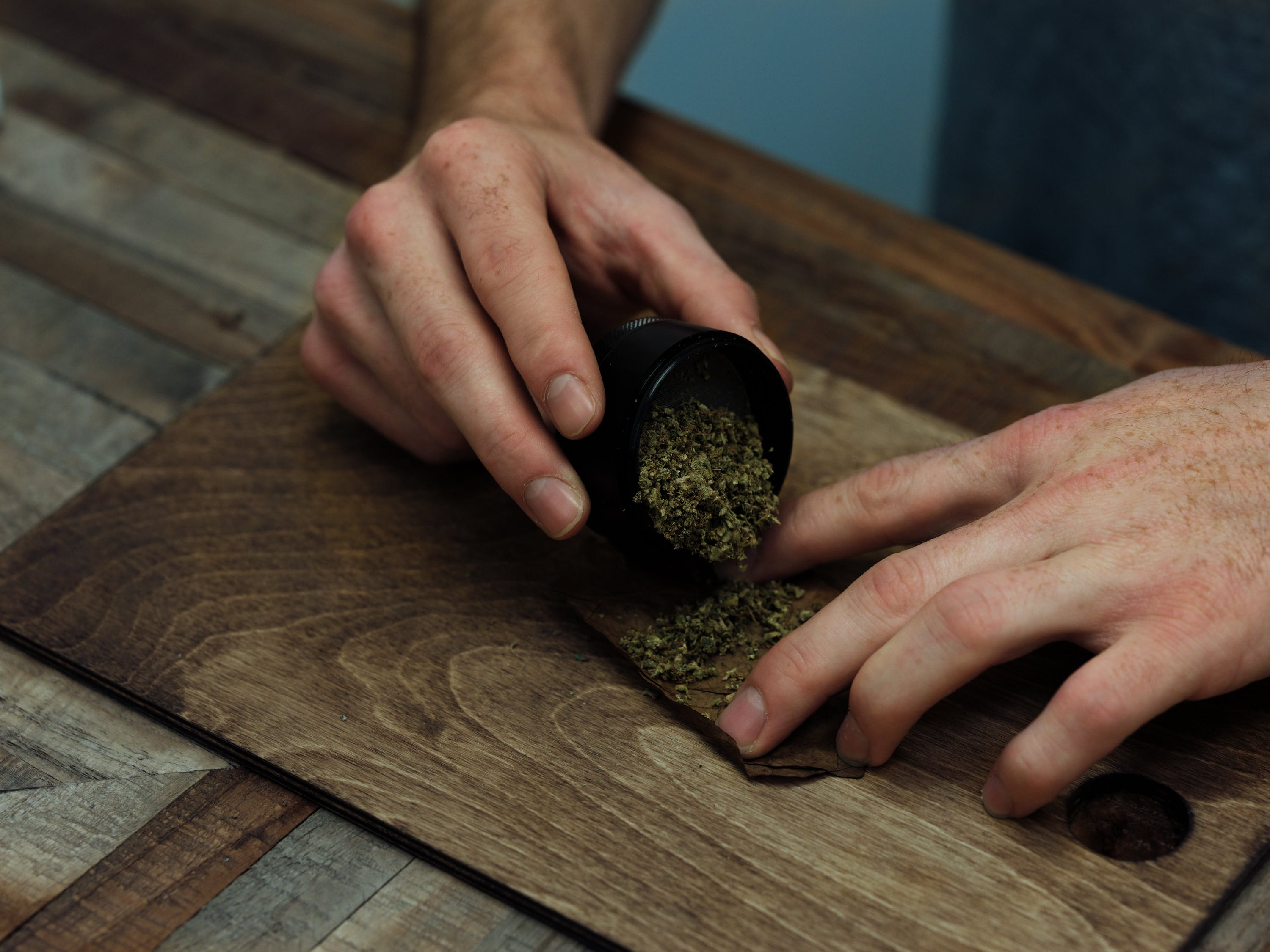 How to Roll a Backwoods Blunt 5 of 11 CBD Oil Gives This Boy Scout A Second Chance Of Life