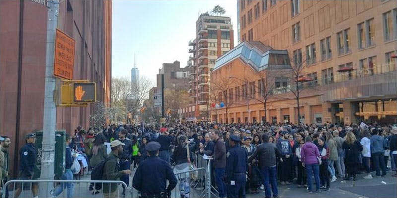 bernie sanders ny rally crowd 2 Heres 10 Epic Cannabis Moments Throughout History