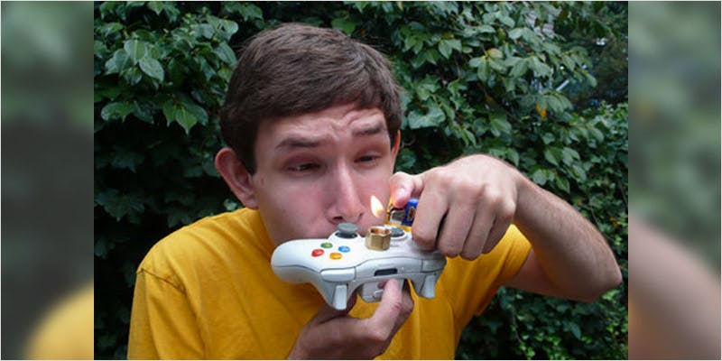 game controllers pipe 4 How Legalizing Cannabis In Europe Could Help Stamp Out Terrorism