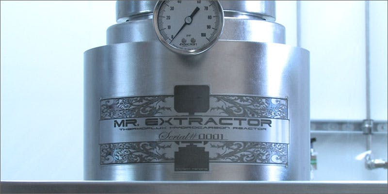 mr extractor closeup A Touch Of Glass #25: Ladys Choice