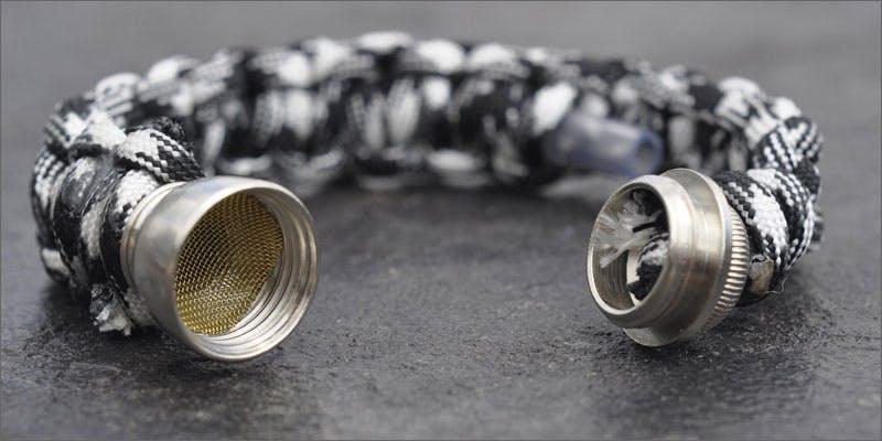 Paracord pipe bracelet