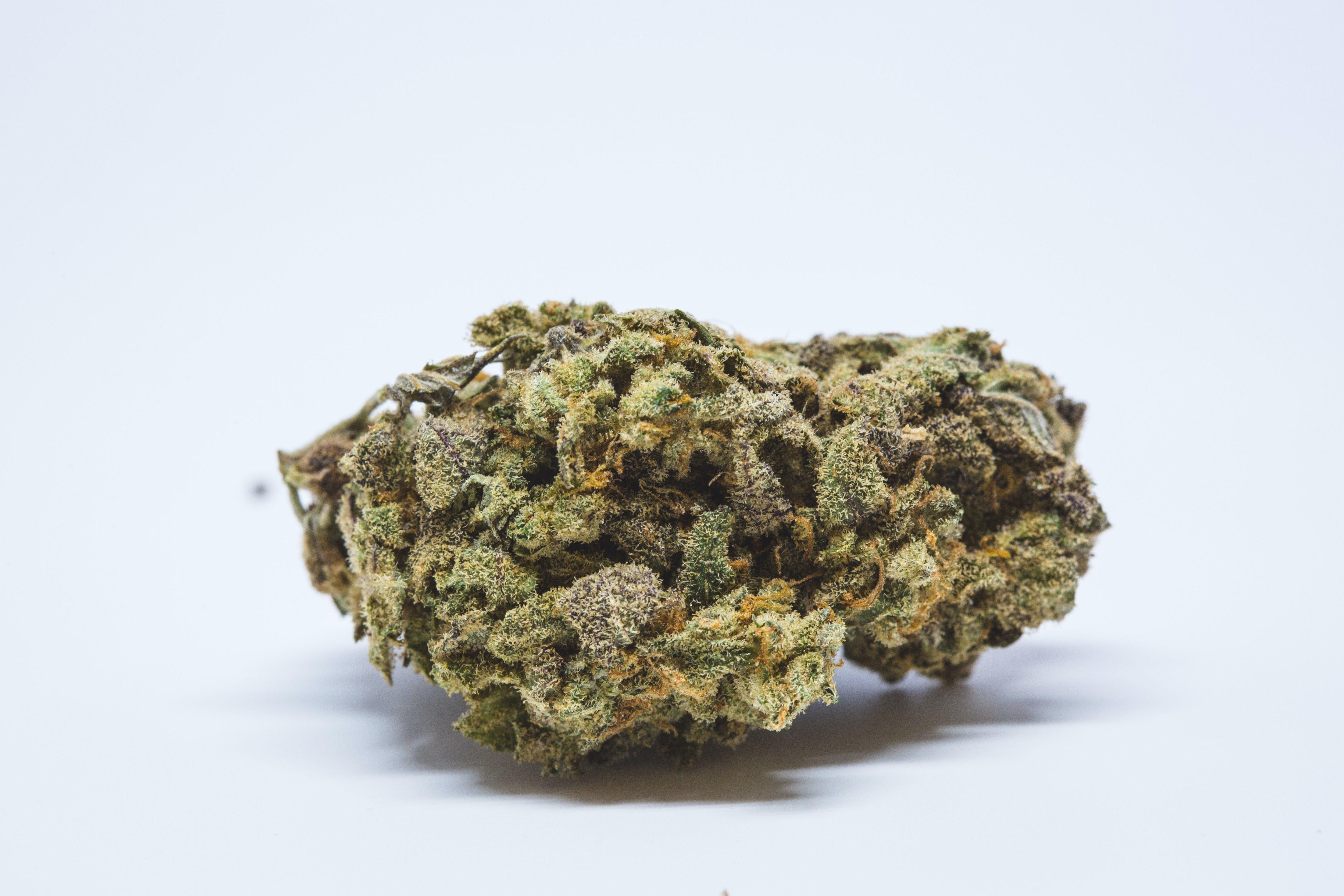 Fruity Pebbles Weed; Fruity Pebbles Cannabis Strain; Fruity Pebbles Hybrid Marijuana Strain
