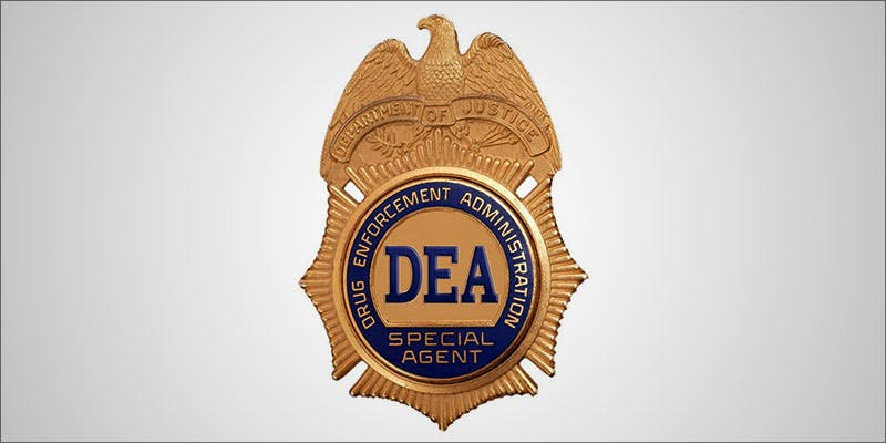 DEA Laments That 1 This Machine Grows Weed For You & Sends You A Text When Its Ready