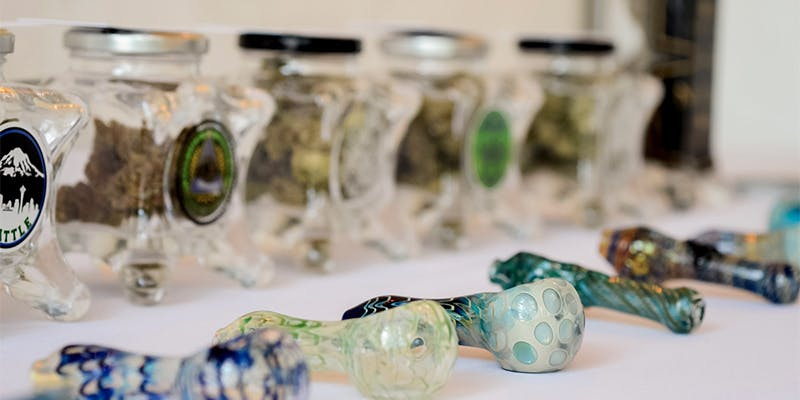 6 Ways To 2 1 5 Genius Weed Smoking Accessories You Didnt Know You Needed