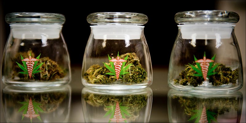 Bipartisan Bill Would hero 10 Things Youll Understand If Youre A 20 Something Weed Smoker