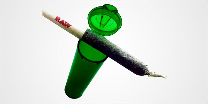 10 Tricks To 8 10 Things Youll Understand If Youre A 20 Something Weed Smoker