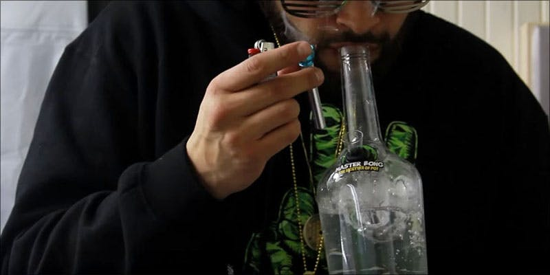 Complete Bong Buyers 6 These Marijuana Moms Say Smoking Weed Makes Them Better Parents
