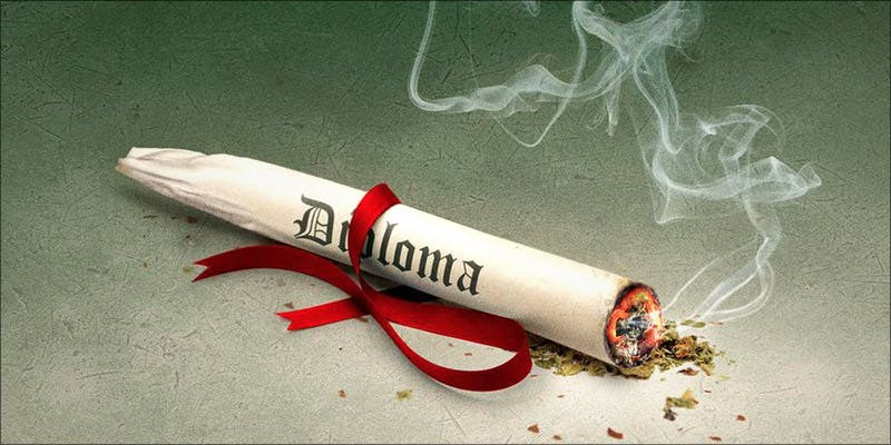 FEDERAL GOVERNMENT ADMITS 1 These Marijuana Moms Say Smoking Weed Makes Them Better Parents