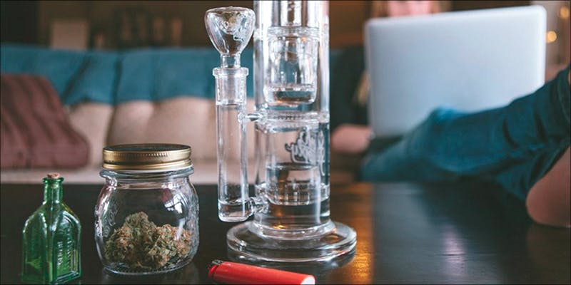 Whats More Effective 1 Which Method Is Most Effective: Big Bong Rips Or Small Hits?