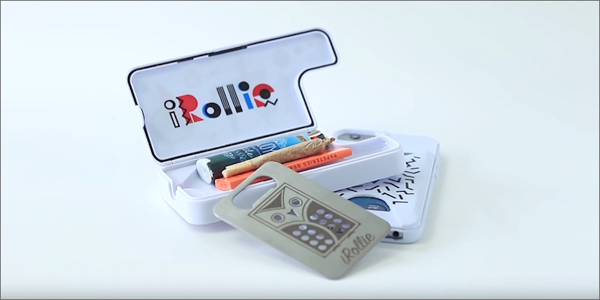 various colors bd9c3 2bc21 The iRollie OG2 Phone Case Is Everything You Need To Smoke On The Go ...