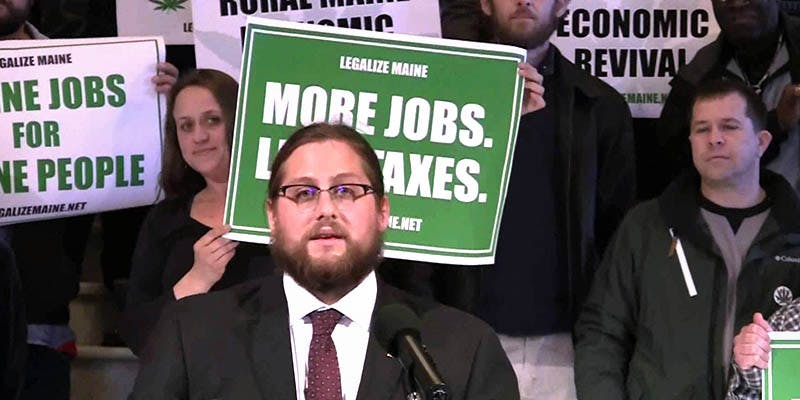 Cannabis Jobs Count 13 New Report Reveals 150,000 Americans Now Work in the Cannabis Industry