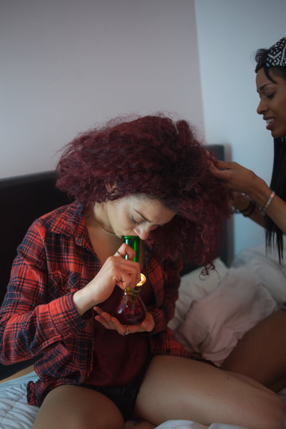 Friends wmoking weed are the best 1 of 1 Grab your weed, grab your snacks, theres going to be a Lord Of The Rings TV series