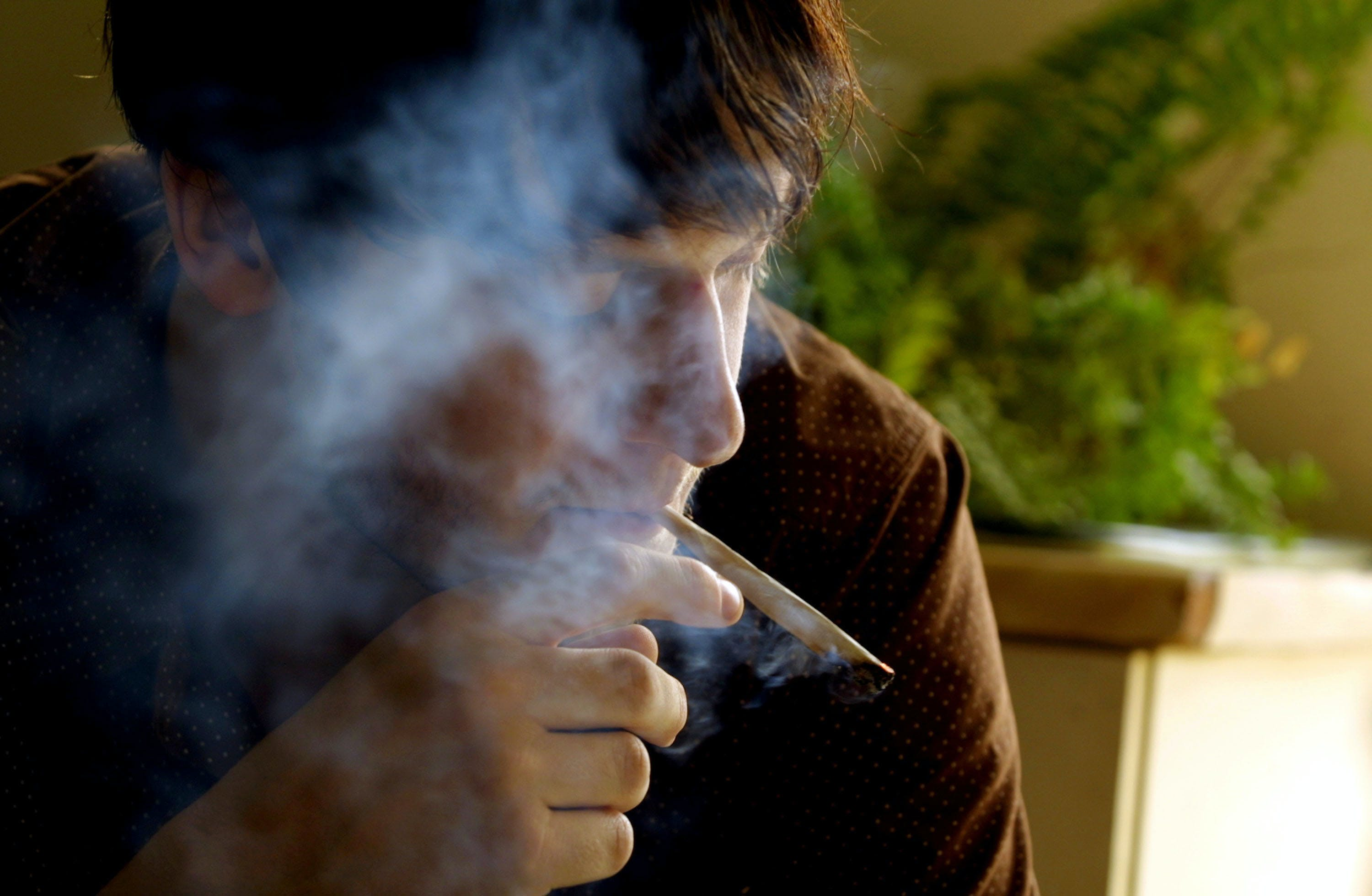Life Insurance For Weed Smokers Is About To get 5 Times More Expensive