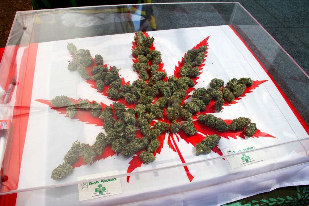 9255785513 9e9e700846 o How to use weed for jamming and listening to music