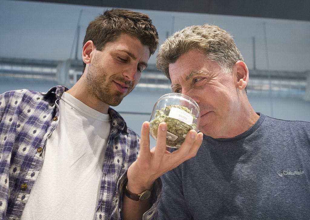 GettyImages 491441566 The US Military is waving cannabis use and letting medical marijuana patients serve