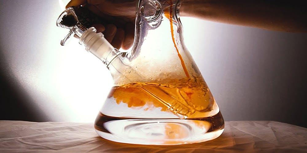 Orange liquid in Bong
