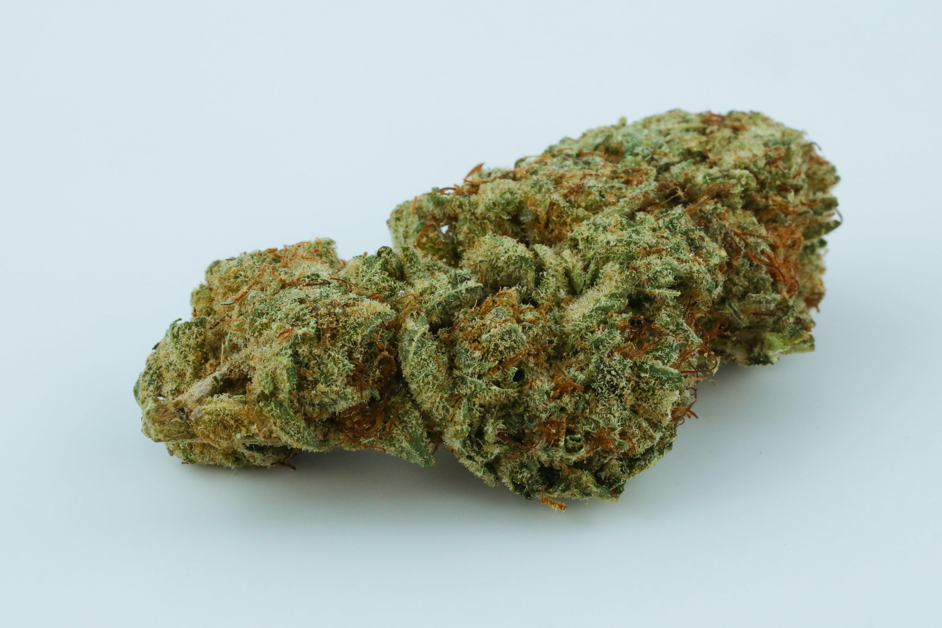 Superglue Weed; Superglue Cannabis Strain; Superglue Hybrid Marijuana Strain