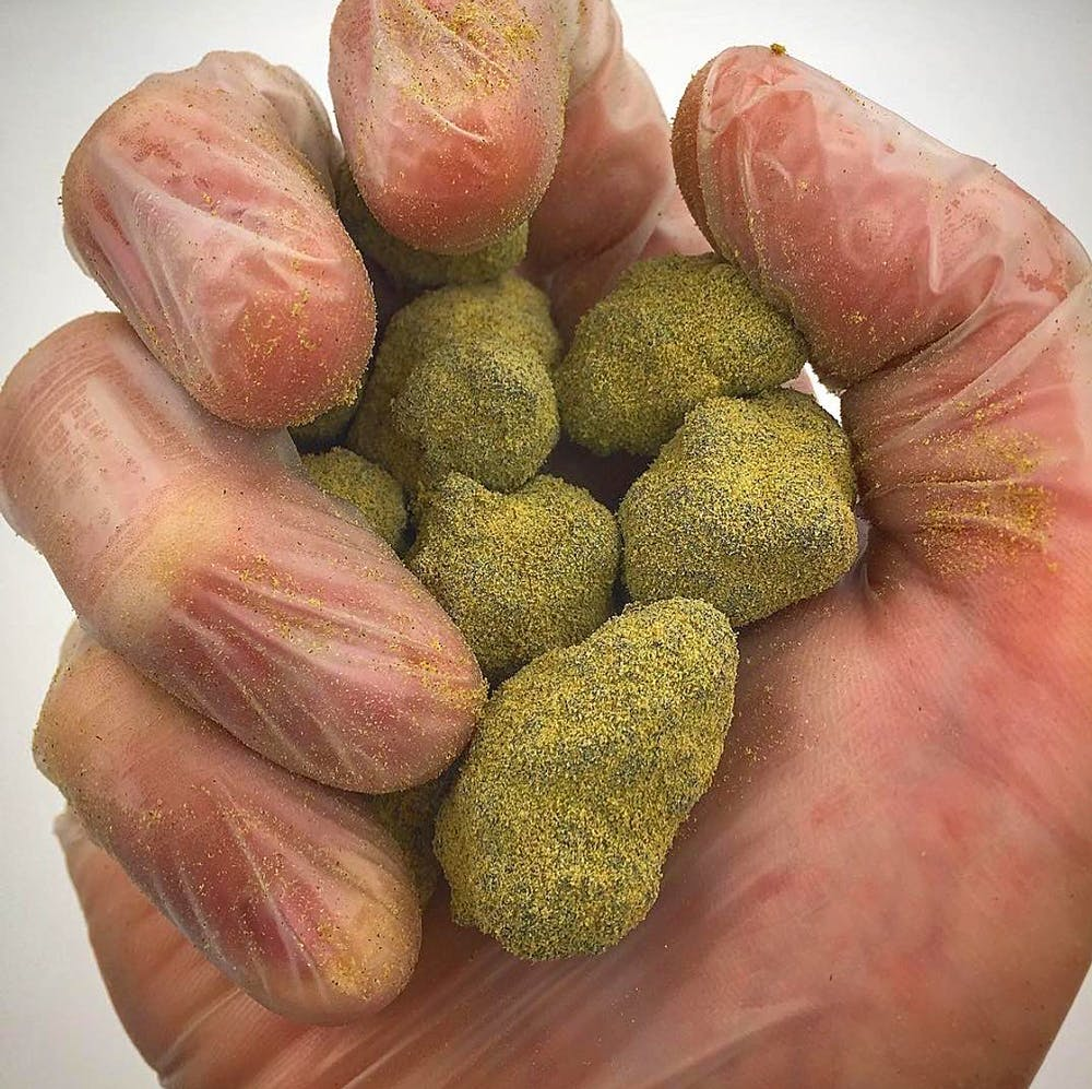 Moonrock3 Can you eat raw weed?