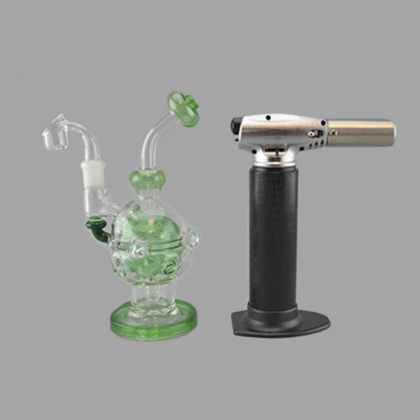 BRANDON CLARK Mini Fab Egg Vapor Rig 4 Slit Perc 14mm Quartz Banger Green Stardust Rick and Morty announce new mixtape from rapper Logic