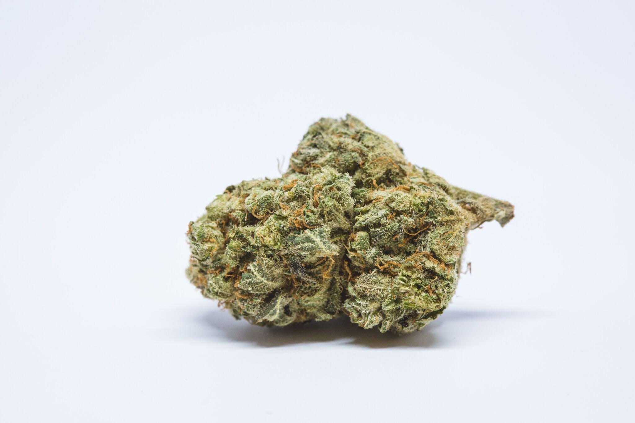 Cinderella's Dream Weed; Cinderella's Dream Cannabis Strain; Cinderella's Dream Hybrid Marijuana Strain