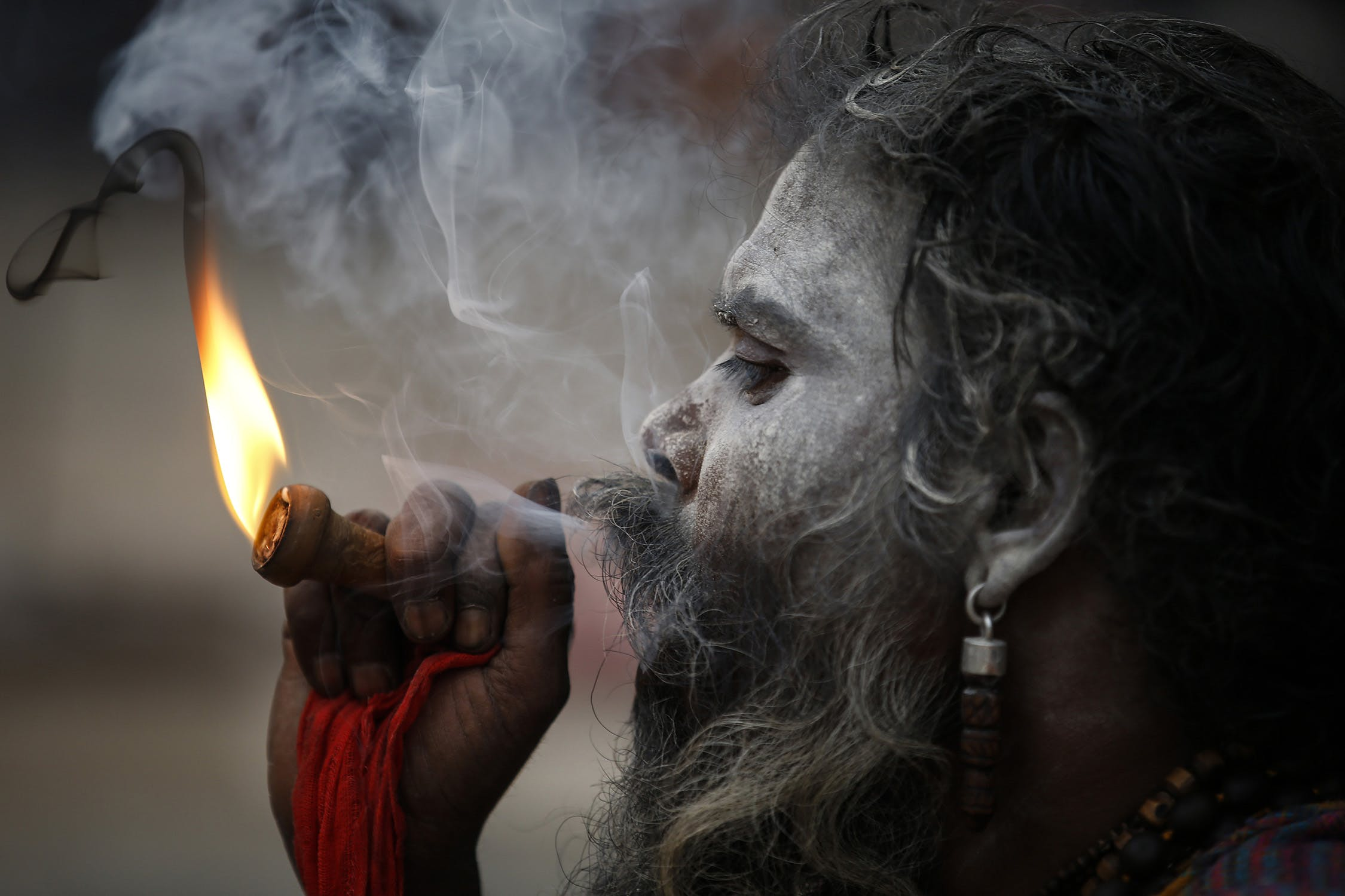 58W4170 Inside the festival in Nepal where smoking weed is holy