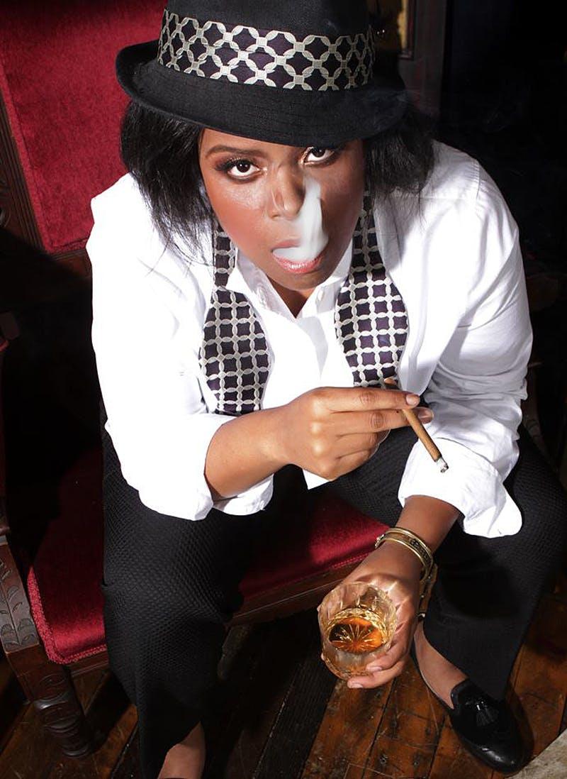 Amber Senter smoking The 5 most badass women in weed