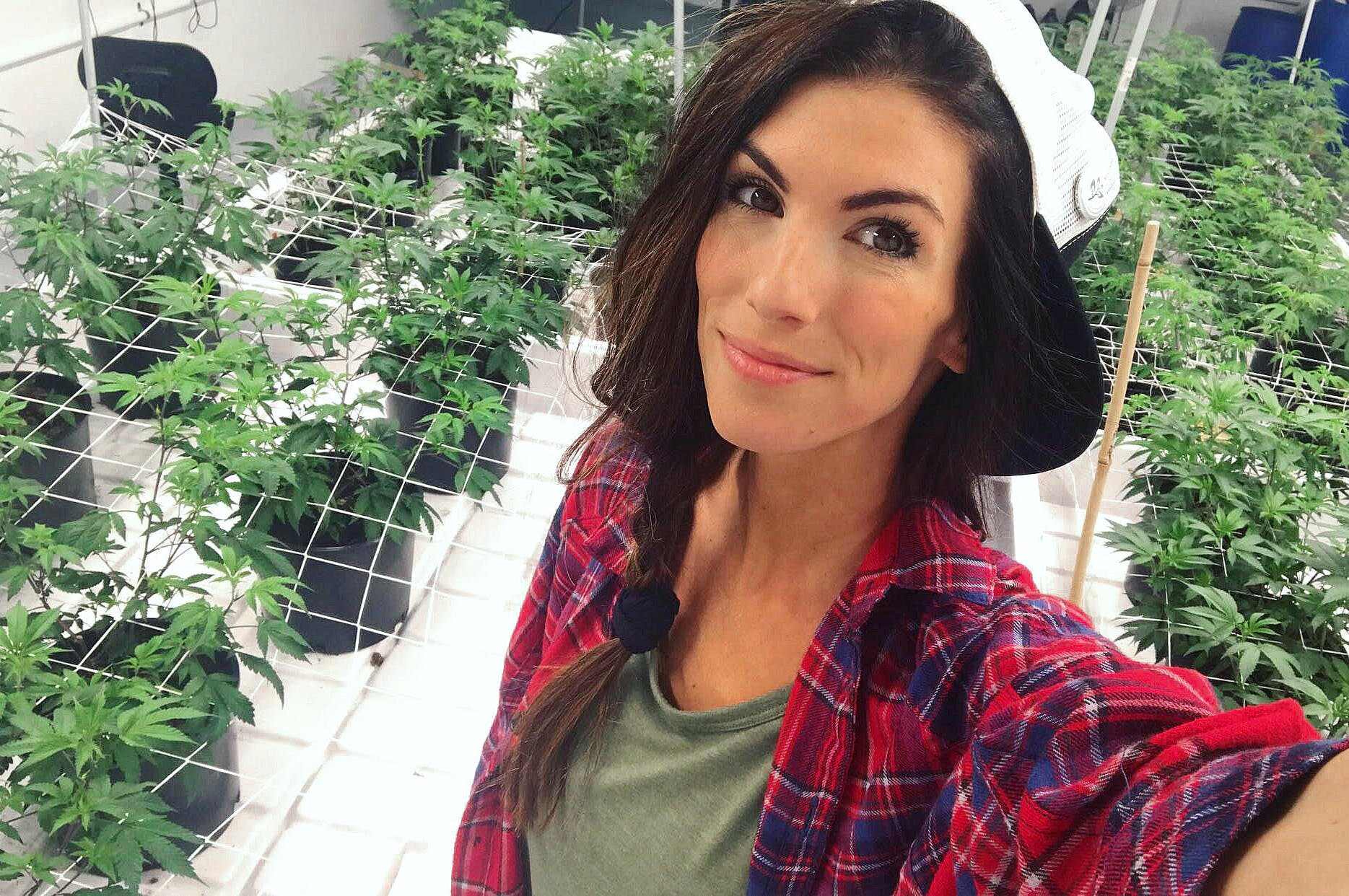 Meowy1 The 5 most badass women in weed