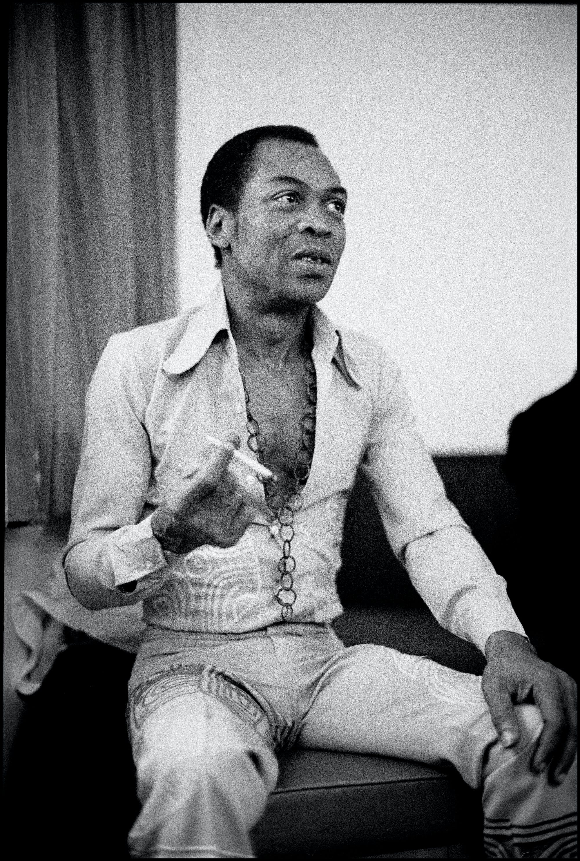 FelaKuti1 This doctor tried to convince Carl Sagan to stop smoking weed