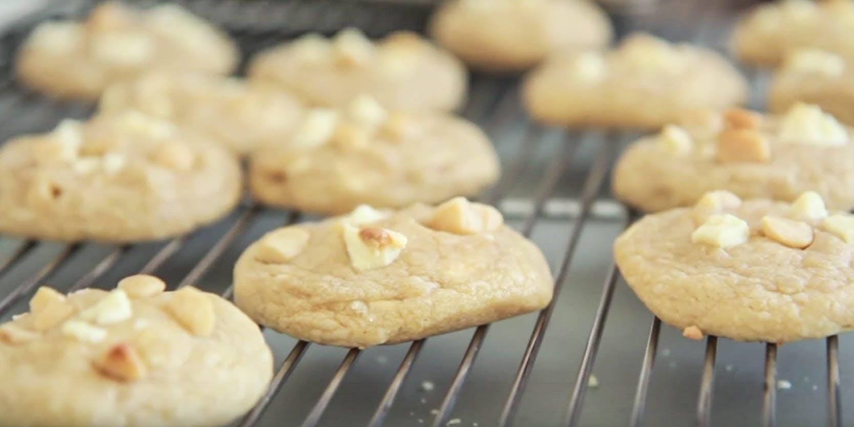 How to Make Cannabis-Infused White Chocolate Macadamia Cookies