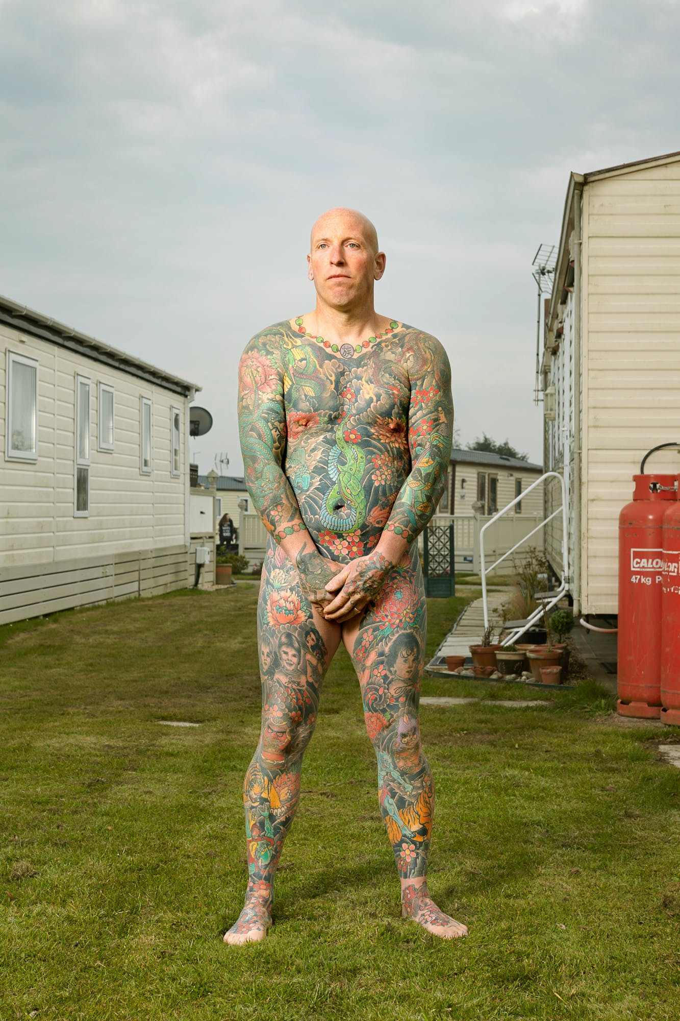 Alan Powdrill Raw Portraits Of The People Devoted To Full Body Tattoos 11 Manhattans District Attorney Will No Longer Prosecute Low Level Cannabis Crimes