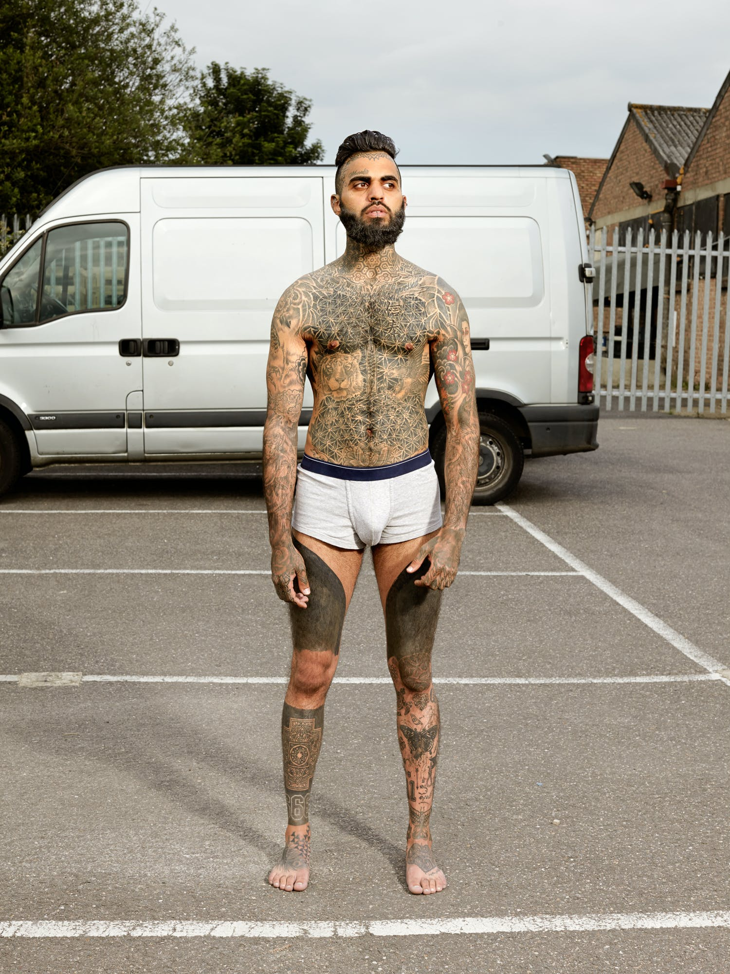 Alan Powdrill Raw Portraits Of The People Devoted To Full Body Tattoos 22 Manhattans District Attorney Will No Longer Prosecute Low Level Cannabis Crimes