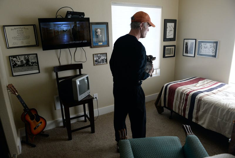 Medical Marijuana a Hit With Seniors Medical Marijuana a Hit With Seniors, Survey Says